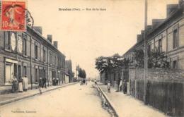 CPA 60 BRESLES RUE DE LA GARE - France