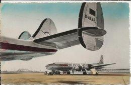 C.P.A.  LE BOURGET..   AVION D C 6  Au Premier Plan, Queue D' Un Constellation - Avions