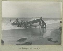 Blainville Circa 1900. Le Halage Du Canot. Manche. Normandie. - Places