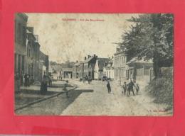 CPA Abîmée - Solesmes - Rue Des Becqueriaux  -(cachet Au Verso ) - Solesmes