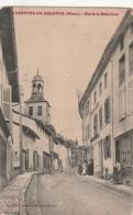 *** 55  ***  VARENNES En ARGONNE Rue De La Basse Cour - écrite TB - Sonstige Gemeinden