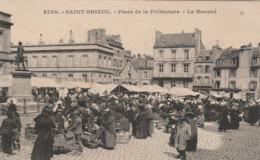 SAINT BRIEUC PLACE DE LA PREFECTURE LE MARCHE - Saint-Brieuc