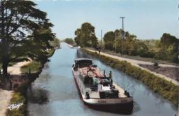CPSM / Batellerie Péniche Algas Sur Le Pont Canal Sur La Garonne à Agen (47)   Ed Théojac - Houseboats