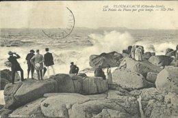 PLOUMANACH  -- La Pointe Du Phare Par Gros Temps                                            -- ND 136 - Ploumanac'h