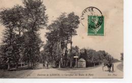 Lisieux Animée Carrefour Des Routes De Paris Attelages - Lisieux