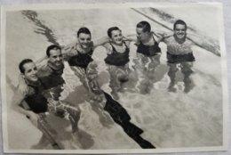 Foto Cromo Olimpiada De Los Ángeles. 1932. Nº 110. Natación, Argentina, Alberto Zorrilla, Edgardo-Jorge Moreau, Leopoldo - Tarjetas