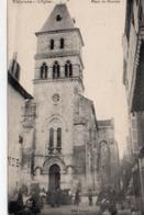 Thiviers Très Animée Belle Vue De L'Eglise Place Du Marché - Thiviers