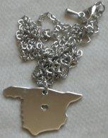 Colgante Mapa De España. Corazón. Amor. Bañado En Plata - Militares