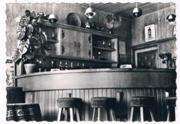 B-7410   BILZEN : Hotel-Taverne British Interieur ( Emaille Wennekers ) - Bilzen