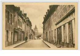 23.BENEVENT L'ABBAYE.RUE DU MARCHE ET L'EGLISE.PHARMACIE - Francia