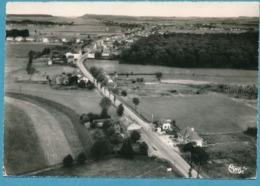 MONT-ST-MARTIN - Vue Aérienne - La Frontière - Photo Véritable Circulé 1958 - Mont Saint Martin