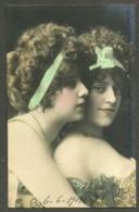 COUPLE De FEMMES  Lesbian Erotic Lesbiennes - Donne