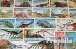 Motives 100 Différents Préhistoriques Animaux Timbres - Postzegels