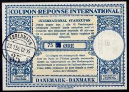 DANEMARK / DENMARK Lo15A 75 On 70 ÖRE Int. Reply Coupon Reponse Antwortschein IRC IAS O KOBENHAVN 20.1.56 - Enteros Postales