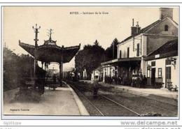 38 RIVES - Intérieur De La Gare (train, Animation) - Non Classés