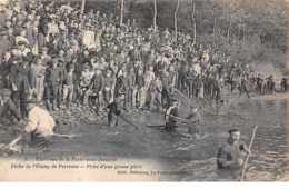 77. N°56428.la Ferté Sous Jouarre.pêche De L'étang De Perreuse.prise D'une Grosse Pièce - La Ferte Sous Jouarre