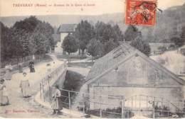 55 - TREVERAY : Avenue De La Gare Et Le Lavoir - CPA Village ( 600 Habitants ) - Meuse - Francia