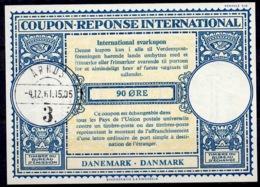 DANEMARK / DENMARK Lo16n 90 ÖRE International Reply Coupon Reponse Antwortschein IRC IAS O ARHUS 4.12.61 - Enteros Postales