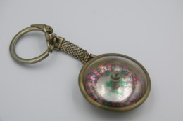 Vintage KEYCHAIN : GAMBLING GAME LOTTO ROULETTE -  RaRe - 1960's - Porte-cles - Porte-clefs