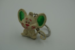 Vintage KEYCHAIN : MOUSE RUBBER WHITE PINK GREEN   - Germany -  RaRe - 19**'s - Porte-cles - Porte-clefs