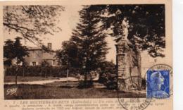 Les Moutiers-en-Retz Un Coin De La Place De L'Eglise Le Prsbytère La Vierge - Les Moutiers-en-Retz