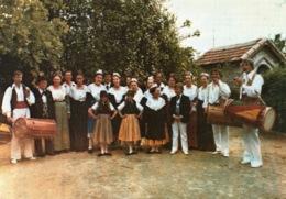 GROUPE FOLKLORIQUE NEMAUSA PROVENCE À NIMES TAMBOUNAIRE - Danses