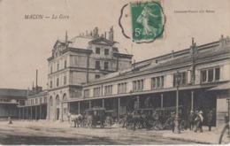 CPA Macon - La Gare (avec Nombreuses Diligences) - Macon