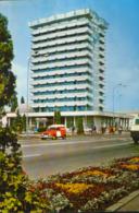 Romania - Postcard Circulated 1974 - Bacau - Hotel Decebal - 2/scans - Romania