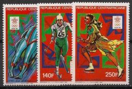 Centrafricaine - 1987 - N°Yv. 768 à 770 - Olympics / Calgary 88 - Neuf Luxe ** / MNH / Postfrisch - Winter 1988: Calgary