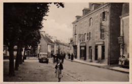 S44-057 Plouay - Place De L'Eglise Et La Rue D'Hennebont - France