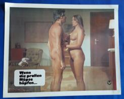 """Erotik-Film """"Wenn Die Prallen Möpse Hüpfen..."""" (nude - Woman + Man - Nackt) # Original Altes Kinoaushangfoto # [19-3680] - Fotos"""