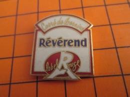 1319 Pin's Pins : BEAU ET RARE : Thème ALIMENTATION / FOMAGE CARRE DE LORRAINE REVEREND LABEL ROUGE - Levensmiddelen