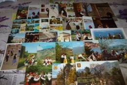 LOT DE 30 CARTES ..FOLKLORE CATALAN ...PYRENEES ORIENTALES..DANSES ..COSTUMES - 5 - 99 Postales