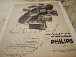 ANCIENNE PUBLICITE EMBELLISEZ VOTRE VIE PHILIPS 1952 - Music & Instruments