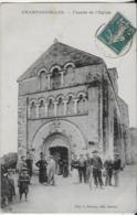 CHAMPAGNOLLES : Façade De L'Eglise - Carte Bien Animée, Cycliste ( 1911 ) - Francia