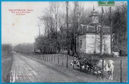 CPA 27 LE VAUDREUIL Eure - Vue Sur Le Pavillon Et Le Parc (vaches) ° Phot. Lavergne Vernon - Le Vaudreuil