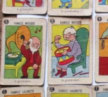ANCIEN JEU 42 CARTES 7 SEPT FAMILLES JARDINIERCHOCOLAT LA RUCHEJOURNALPEINTURLURE MUSIQUE LUNETTES . GRAMOPHONE - Jeux De Société