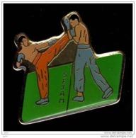 JUDO *** SFJAM *** Société Francaise De Judo Et D'Arts Martiaux *** 1070 - Judo