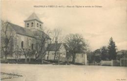 CPA 78 YVELINES - SEINE ET OISE Neauphle Le Vieux Place De L'Eglise Et Entrée Du Château - Neauphle Le Chateau