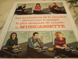 ANCIENNE PUBLICITE VEDETTES ET MUSICASSETTE PHILIPS 1966 - Music & Instruments
