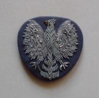 POLAND, BADGE EAGLE FROM A POLICE CAP EMBROIDERY AIGLE DE CASQUETTE BRODERIE Before Avant 1989 (militia Milice) - Polizia
