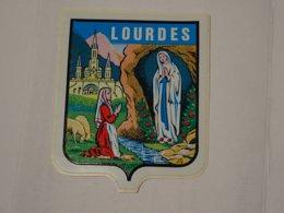 Blason écusson Adhésif Autocollant Sticher Coat Of Arms; Aufkleber Wappen Lourdes, Vierge Et Sainte Bernadette - Obj. 'Remember Of'