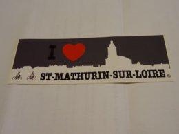 Logo Adhésif Autocollant Sticker Coat Of Arms; Aufkleber Saint Mathurin Sur Loire - Obj. 'Remember Of'