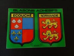 Blason écusson Adhésif Autocollant Sticker Coat Of Arms; Aufkleber Wappen Escudo Adhesivo Ecouché Normandie - Obj. 'Remember Of'