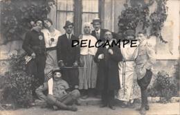 PRIVAS - Groupe D'Hommes Travestis Soldats Civils Blessés -  Carte Photo 21 Août 1916 (Ardèche) - Privas