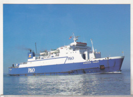 England Uncirculated Postcard - Ships - Ferries - European Trader Arriving Portsmouth - Ferries