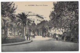 Cpa Bon Etat , Antibes , Place De La Victoire ,  Carte Rare , Animation , Autos , Fiacre...courrier Verso - Antibes