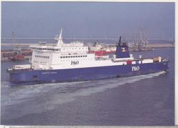 England Uncirculated Postcard - Ships - Ferries - European Seaway At Zeebrugge - Ferries