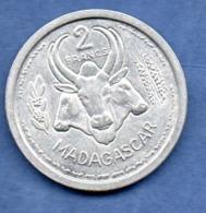 Madagascar  -  2 Francs 1948  -  état  TTB - Madagascar