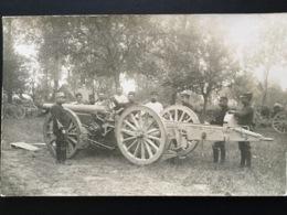 CPA Carte Photo écrite Le 22 Juin 1915 Par Un Soldat Groupe De Soldats Autour D'un Canon - Guerre 1914-18